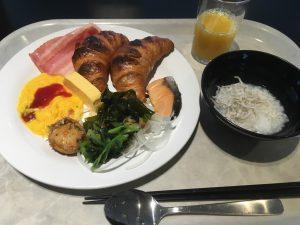 アパホテル大阪肥後橋駅前の朝食バイキング