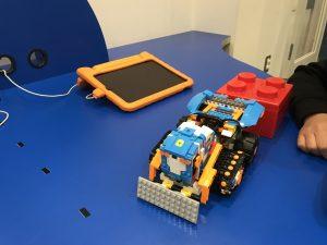 ロボットのプログラミング