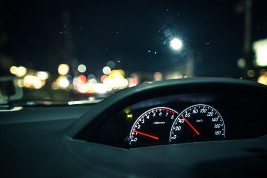 車フロントガラス
