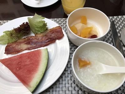 ハワードジョンソンの朝食