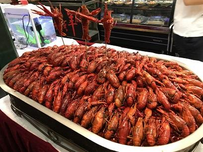北京花家怡園のザリガニ料理